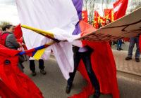 Snímek zachycující protesty proti návštěvě čínského prezidenta vyhrál letošní Czech Press Photo