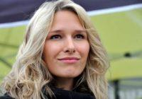 12. března 1982 – Narodila se sportovní komentátorka Barbora Černošková