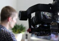 Reuters Institute: Novináři ve střední a východní Evropě častěji čelí útokům kolegů z konkurenčních médií než politiků
